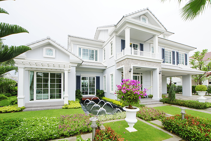 บ้านทรงยุโรปความคลาสสิคที่สวยงามลงตัว